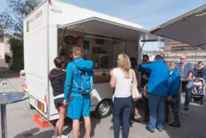 Oberndorf genießt den Wochenmarkt