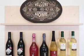 Wein-Selektion am Wochenmarkt